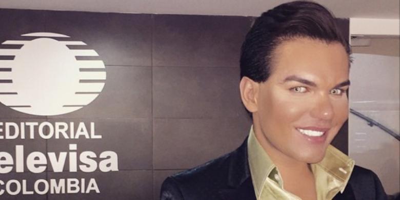 Pria Ini Habiskan Rp 3 Miliar agar Mirip dengan Pacar Boneka Barbie ... 5a55df14c4