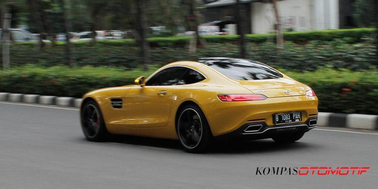 Mengagumi Eksotisme Mobil Sport Mercedes Amg