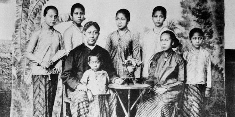Cerita Kartini Melawan Diskriminasi Terhadap Ibu Kandungnya Kompas Com