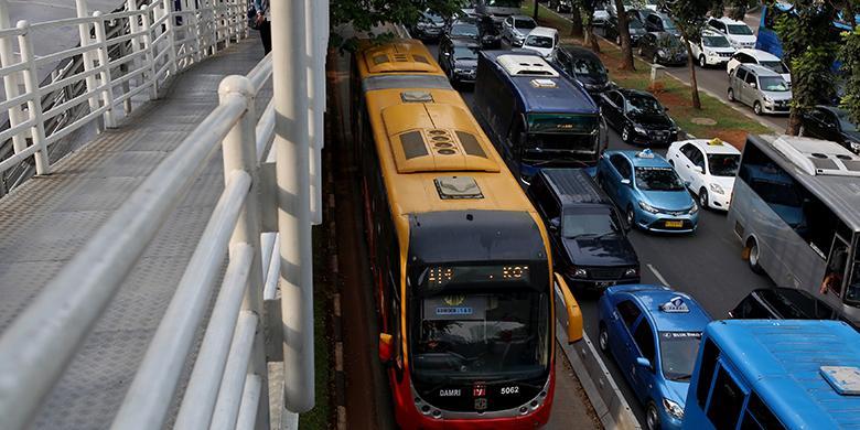 Beruntung Tinggal di Indonesia, Sebab Harga Transportasi Umum di 10 Negara Ini Sangat Mahal