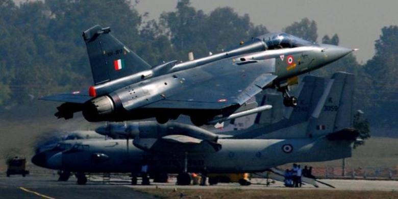 Inilah Jet Tempur Terbaru Buatan India Kompascom