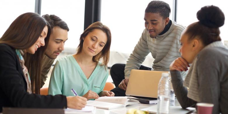 Rajin Hingga Gaib, 5 Tipe Mahasiswa Pada Saat UAS