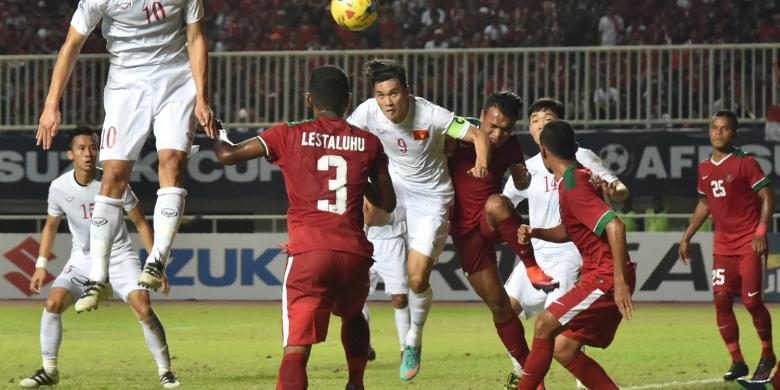 Hasil gambar untuk Bek timnas Indonesia -19