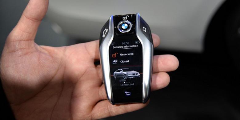 0417396BMW Display Key 1780x390 - Seberapa Mewah BMW Rp 1.7 Miliar Milik Jaksa Pinangki