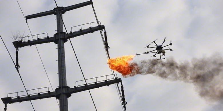 Drone Penyembur Api Dipakai Bersihkan Sampah