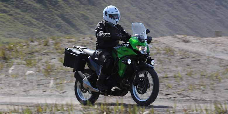 Versys-X 250 Jadi Penyegar Di Jawa Timur