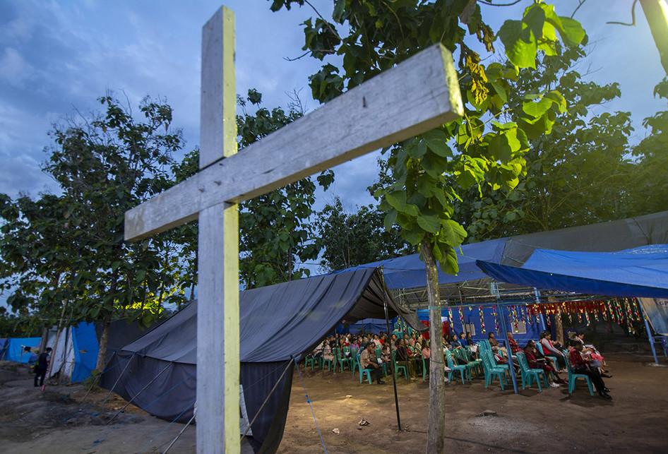 Ibadah Natal di Tengah Suasana Duka