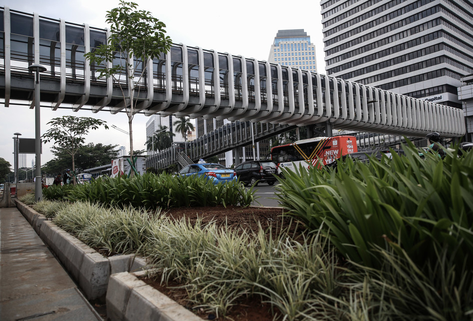 Revitalisasi Jembatan Penyeberangan Orang Cincin Puntir di Senay