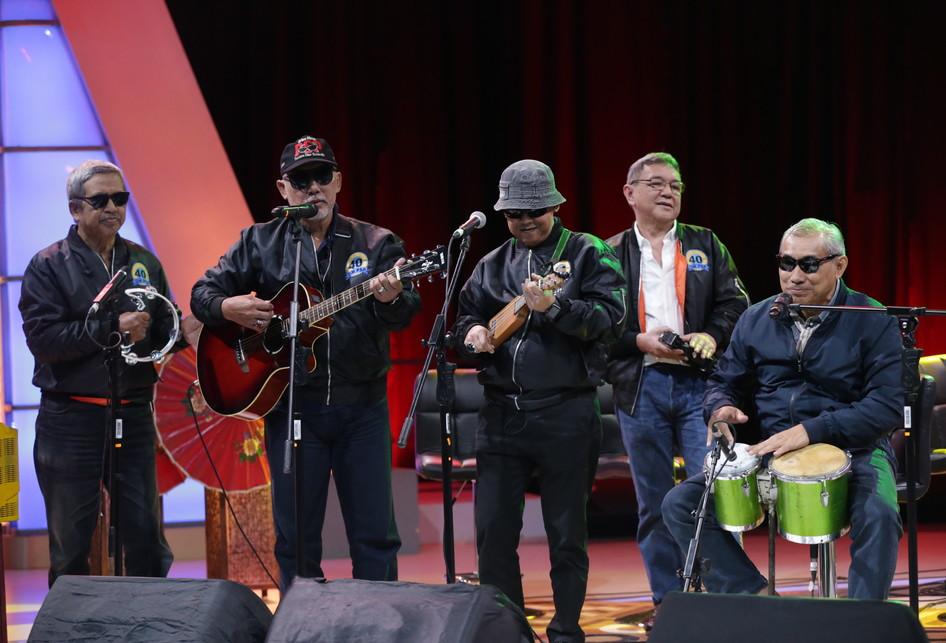 Grup band Pancaran Sinar Petromaks di Acara Selebrasi Kompas