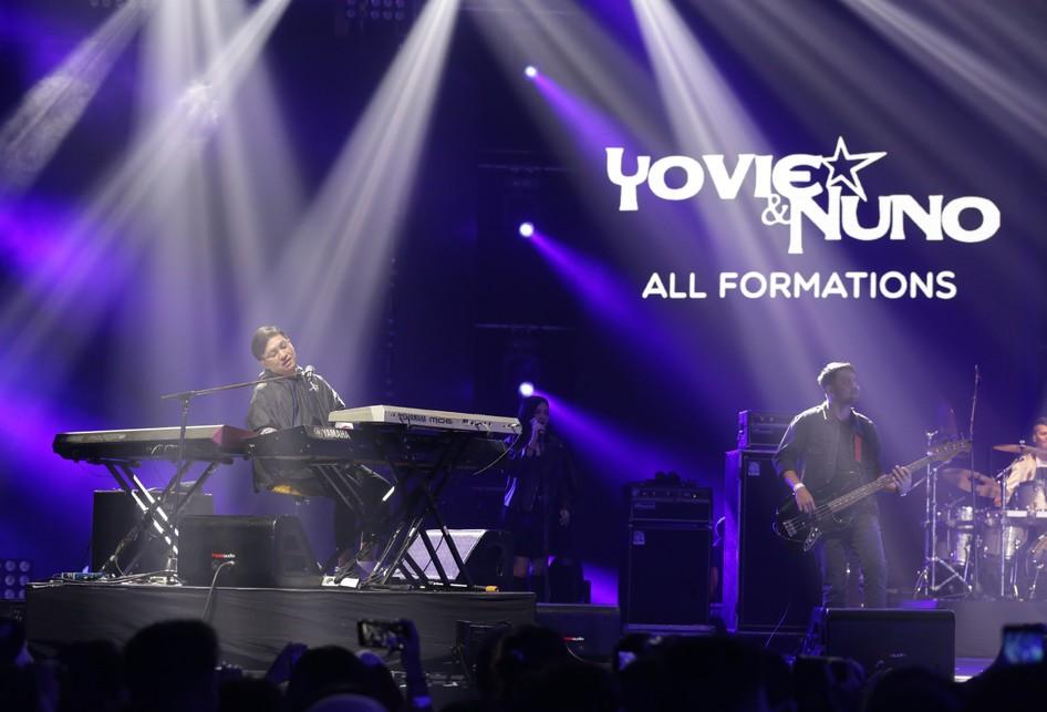 Yovie & Nuno di Love Festival Vol 3 di JCC Senayan