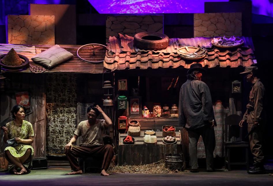 Teater Koma J.J Sampah-Sampah Kota