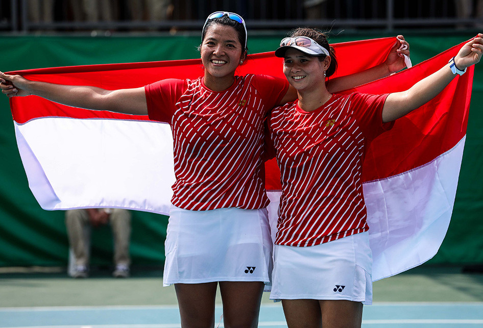 Pasangan ganda putri timnas tenis Indonesia, Beatrice Gumulya da