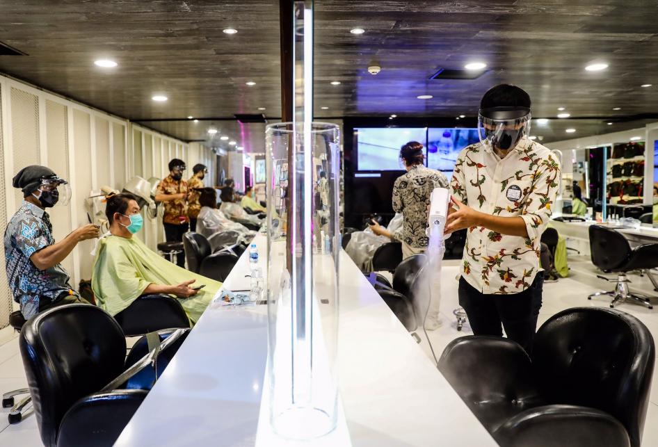 Usaha Salon dan Tata Rambut Saat Pandemi COVID-19