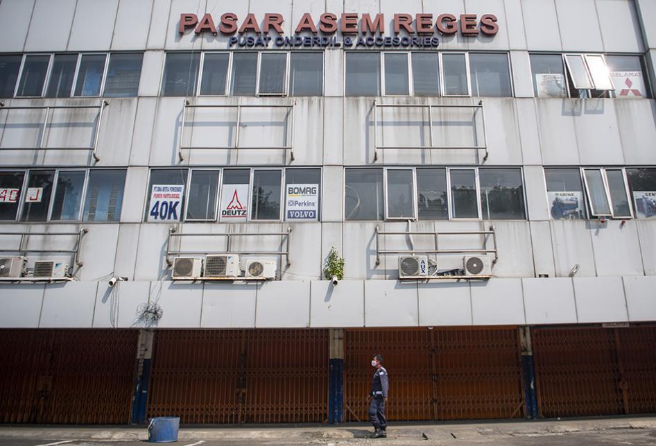 PASAR ASEM REGES DITUTUP SEMENTARA