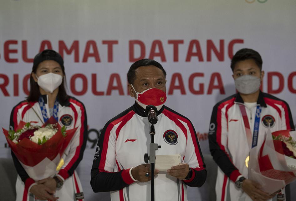 Rombongan Terakhir Tim Indonesia dari Olimpiade Telah Tiba di Ta