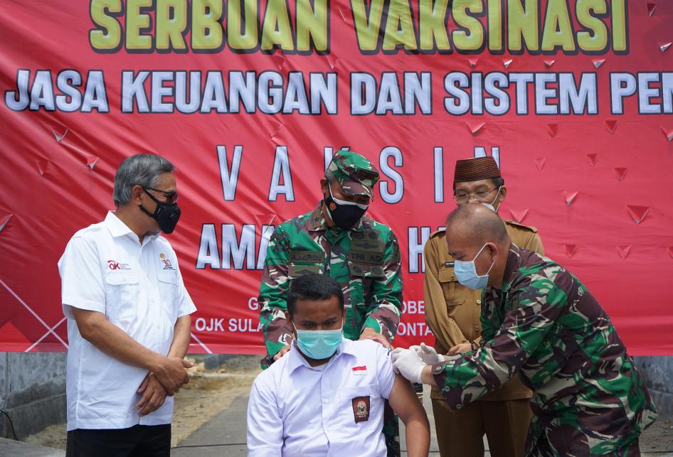 OJK Gelar Vaksinasi Covid-19 di Gorontalo