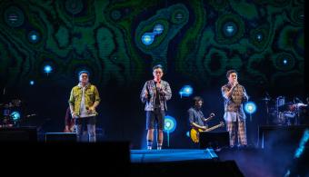 Kahitna Tampil di Hari Pertama Drive-In Concert