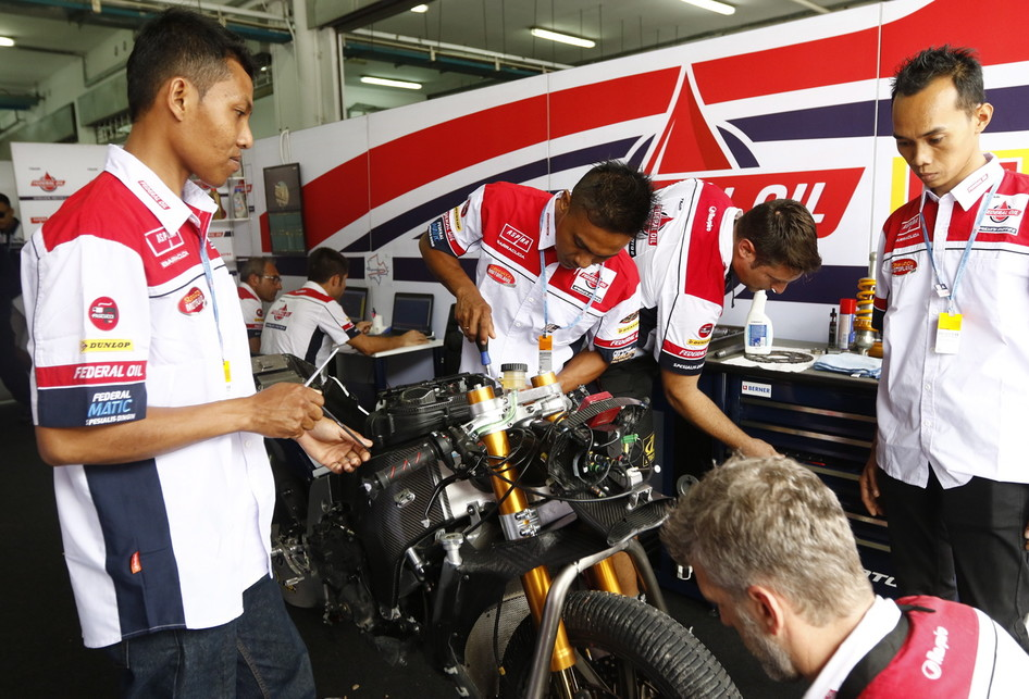 Federal Oil Goes to Sepang