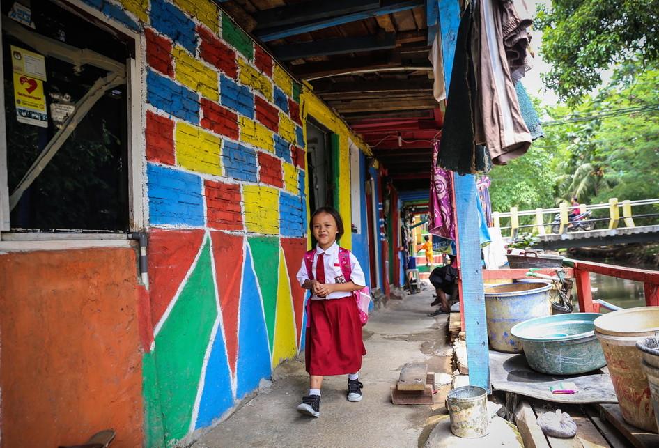 Kampung Warna-Warni Penas Tanggul Jakarta Timur