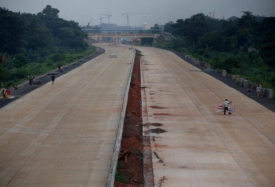 Pembangunan Tol Desari