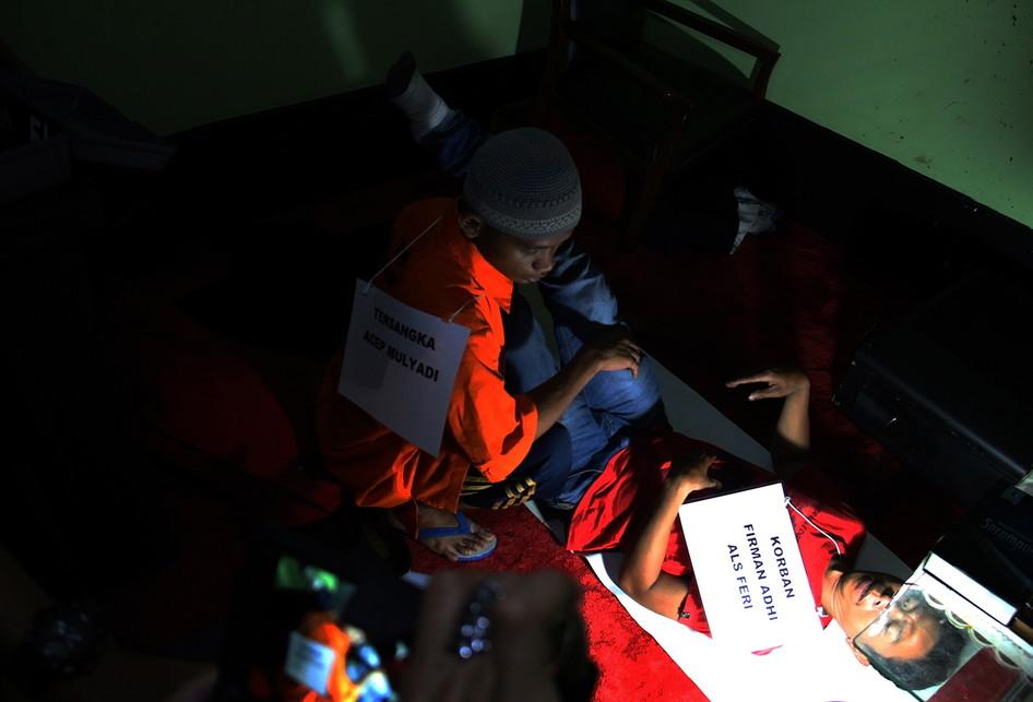 Reka Ulang Pembunuhan Arsitek oleh Tukang Pijit di Depok