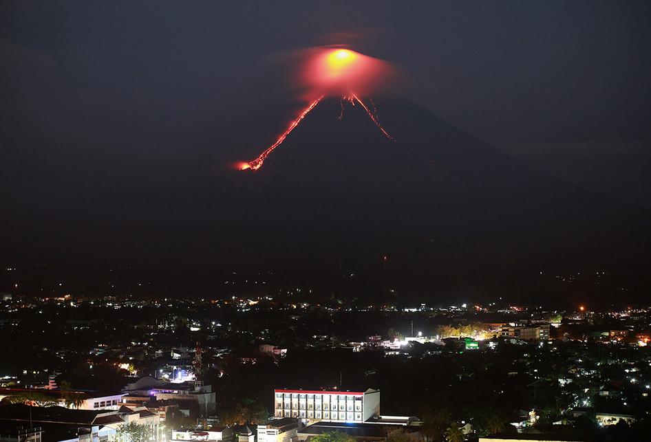 Gunung Mayon di Filipina Siap Meletus