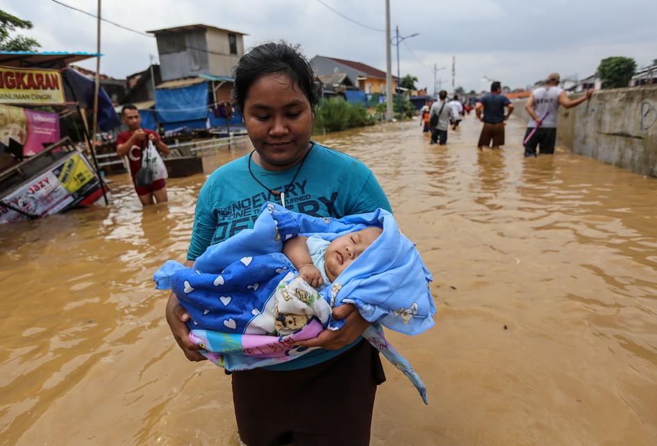 Banjir Kampung Pulo Jatinegara