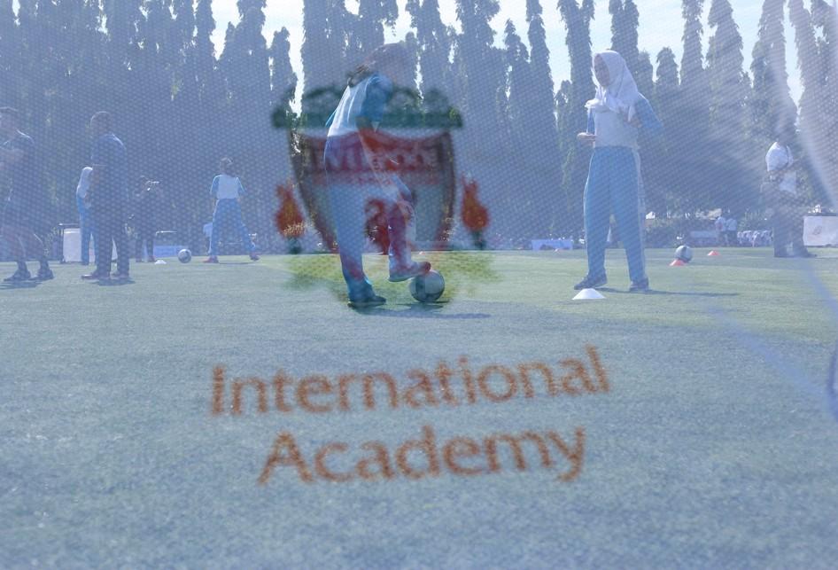 Soccer Clinic Dengan Pelatih LFC
