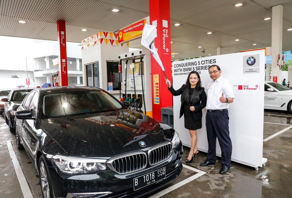 BMW Driving Experience di SPBU Shell