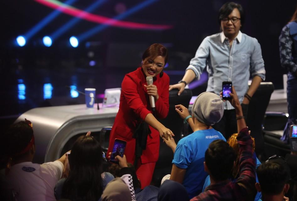Top 6 Indonesian Idol 2018 di MNC Tower Kebon Jeruk, Jakarta