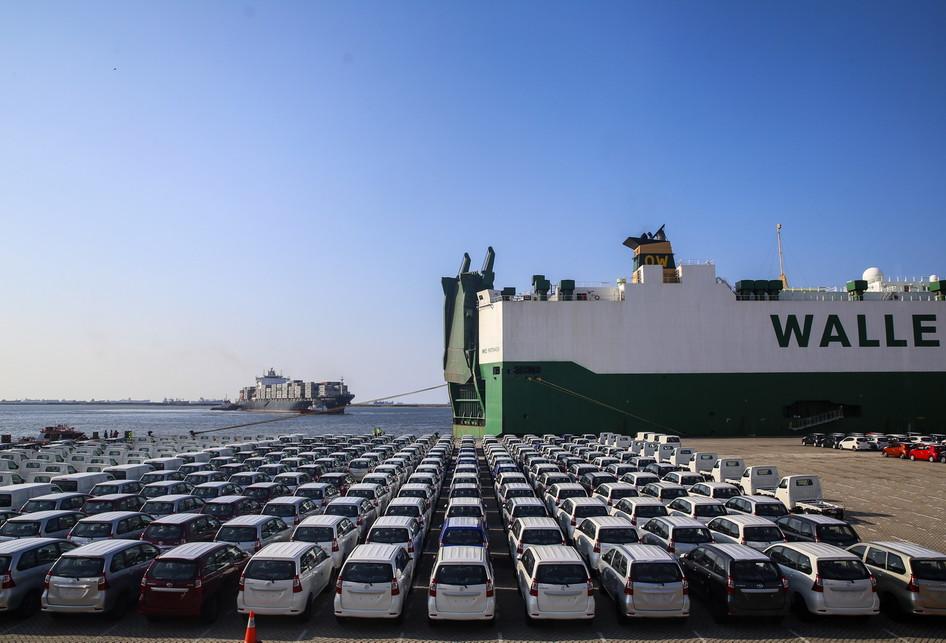 Ekspor Kendaraan Mobil Komersial