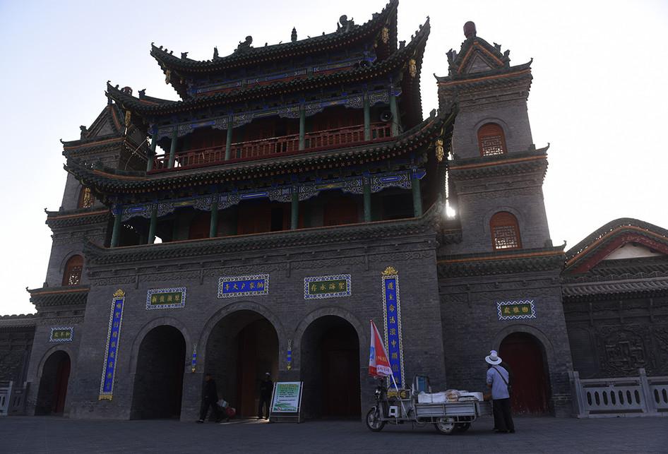 Melihat Masjid Najiahu Ningxia di China