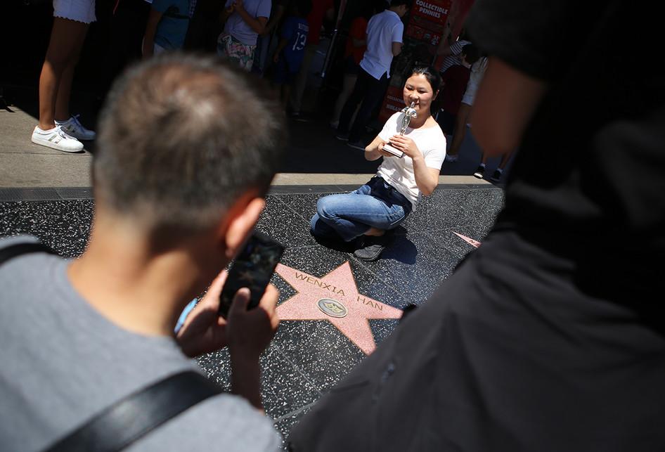 Mencicipi Keriaan di Sepanjang Hollywood Boulevard