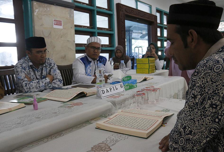 Bakal Caleg DPRA Ikut Tes Kemampuan Baca Al Quran