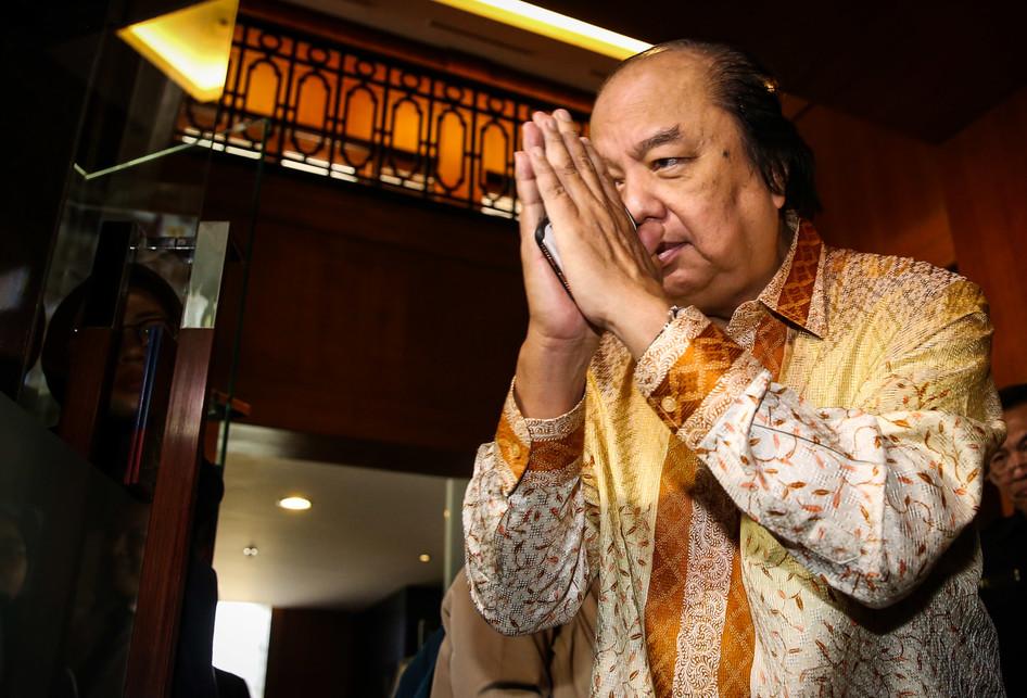 Dato Sri Tahir Tukarkan Dollar ke Rupiah Rp 2 Triliun