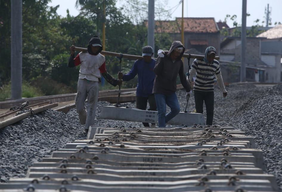 Proyek Pembangunan Jalan Kereta Api Tangerang-Bandara Soeta