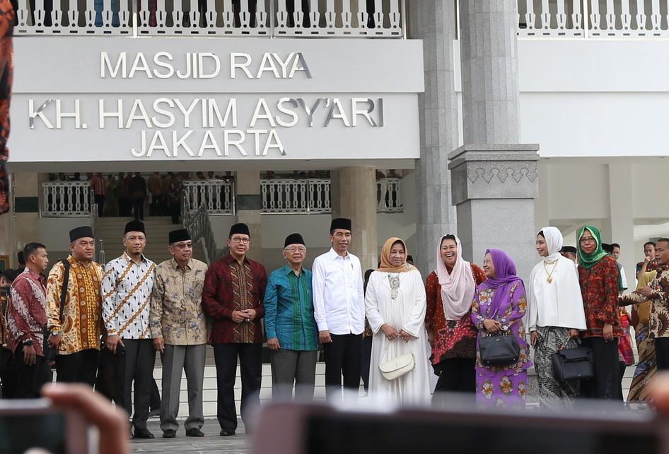 Peresmian Masjid Kyai Haji  Hasyim Ashari