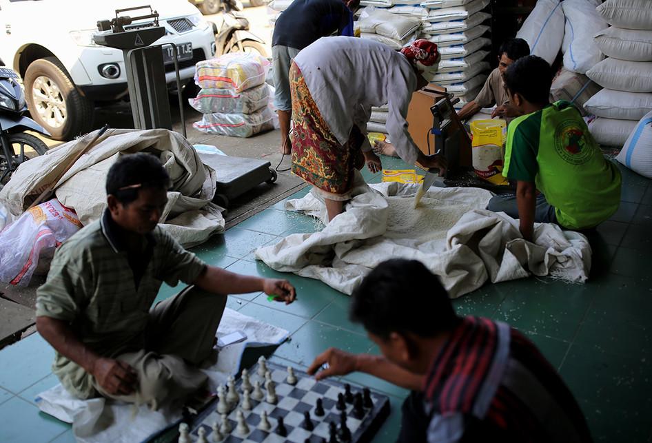 Pasar Induk Beras Cipinang Perdagangan Beras Pemerintah
